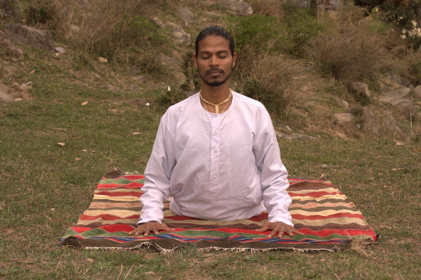 List Of Best Ashrams For Meditation And Yoga In Rishikesh For Stay Healthy On This Year